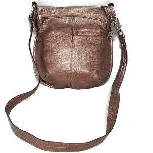 B. Makowsky Gold Leather Pebbled Crossbody Bag